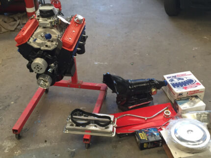 350 chev engine t350 gear box and parts Belmont Geelong City Preview