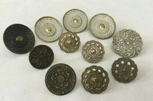 VINTAGE ASSORTED ORNATE DRAWER KNOBS PULLS ARCHITECTURAL SALVAGE LOT OF 11