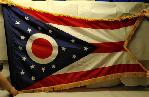 Ohio State Flag     US Army issue parade flag    est. 5