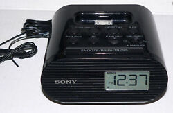 Sony FM Clock Radio for iPod & iPhone with Charging Dock ICF-C05iP