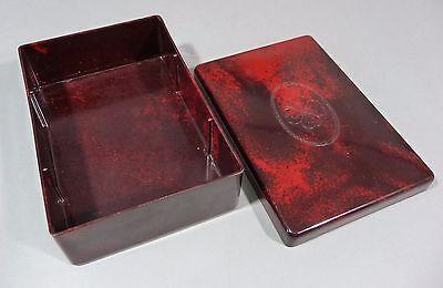 Bakelit Dose / Box, schön marmoriertes,rötliches bakelite mit Kleeblatt