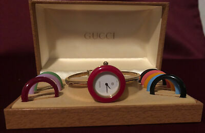 VINTAGE IN BOX LADIES GUCCI 1100-L 18K Plated Interchangeable Bezel Watch