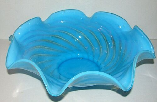 Beautiful Vintage Blue Opalescent Ruffled Brides Bowl Peppermint Swirl