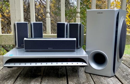 Sony DVD Dream System Home Theater 5.1 Model DAV-FX10 5-Disc Speakers Subwoofer
