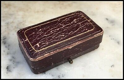 Vintage Edwardian Distressed Burgundy Leather Bar Brooch Box Green Velvet Inside