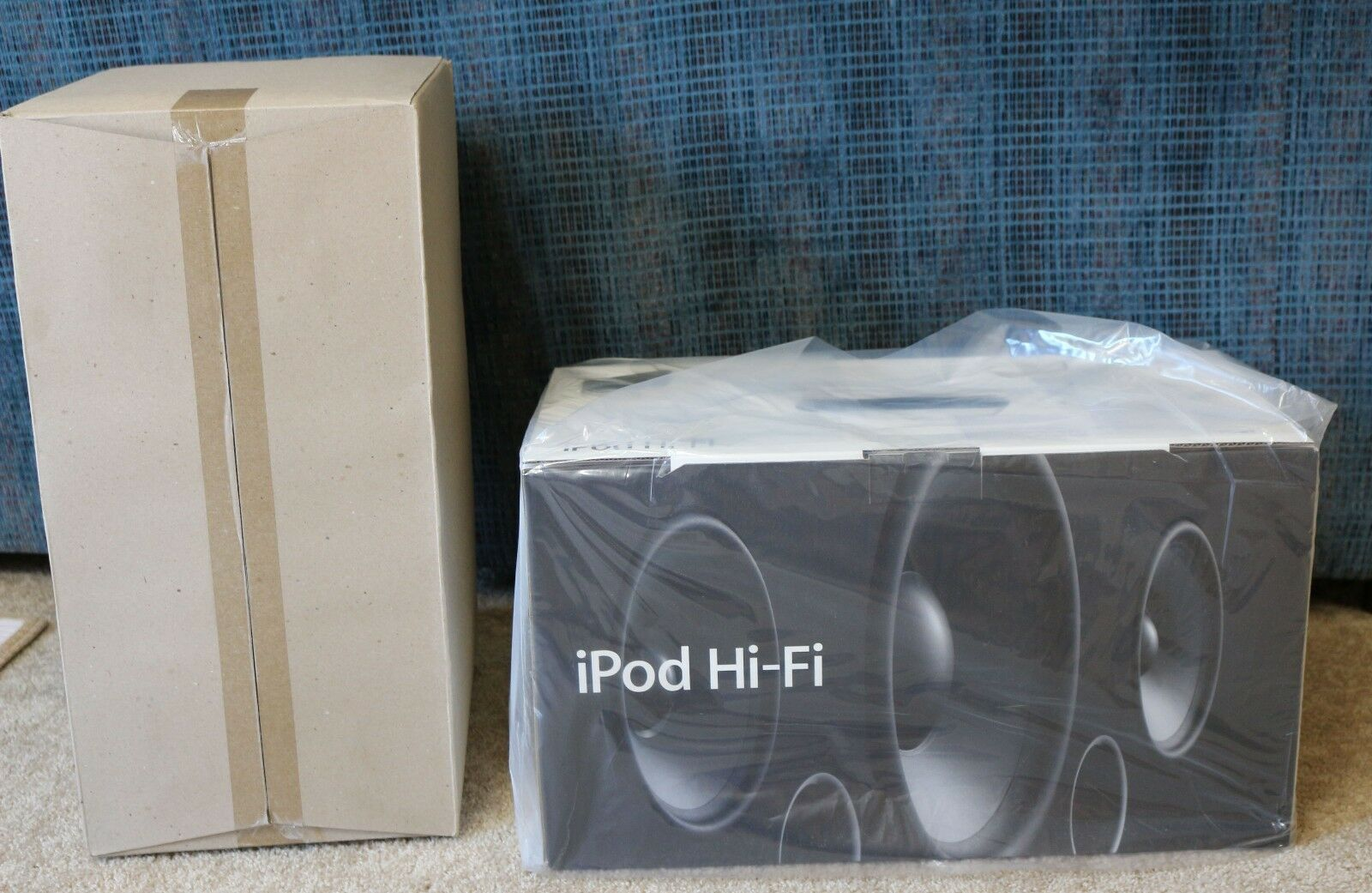 $500.00 - Brand New Apple Hi-Fi iPod Home Stereo Speaker Model  A1121