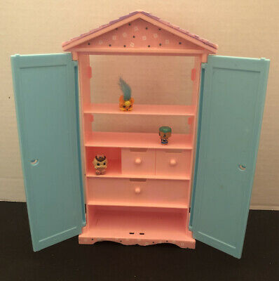 Mattel Barbie's Sister Kelly Doll House Furniture Toy Closet Wardrobe