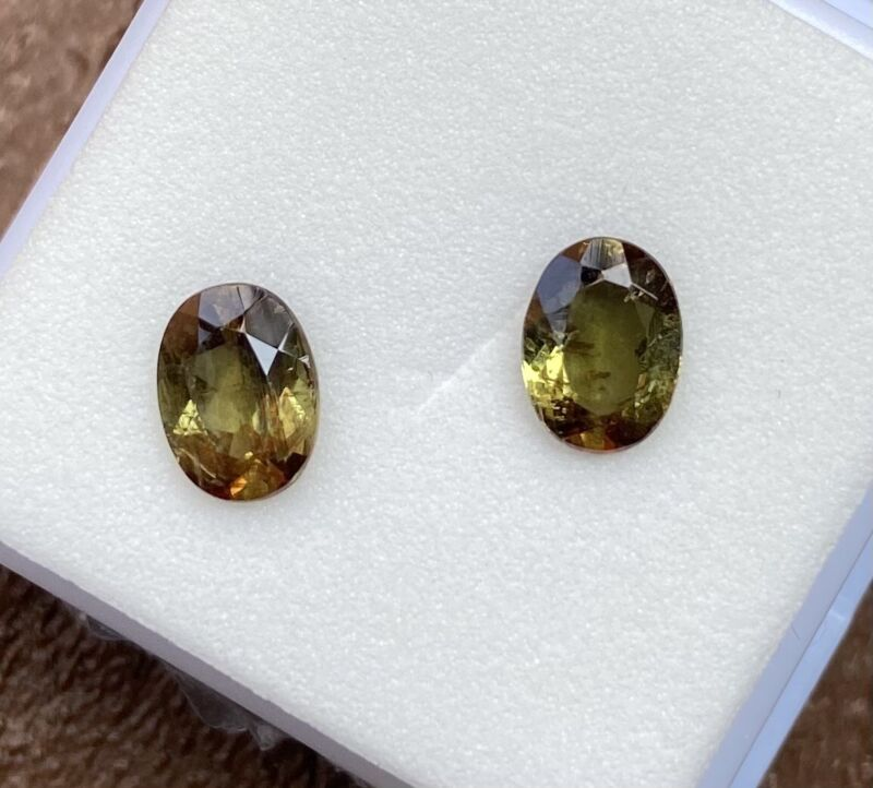 matched pair andalusite 8x6mm Oval 2.40tcw gemstone