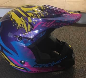 Ladies Motocross Gear