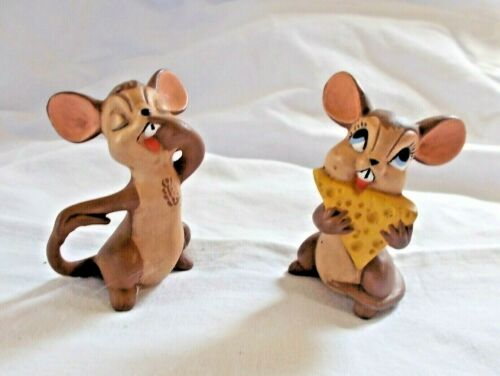 """Pr Atlantic Mold Mice S & P Shakers, One Eating Cheese 2"""" tall"""