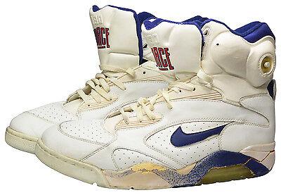 1991 Charles Oakley New York Knicks Game-Used Sneakers 055c53934