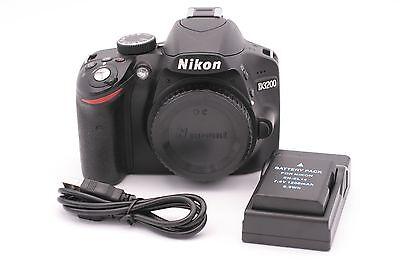 Nikon D3200 24.2mp Digital SLR Kamera - Schwarz (nur Body) - Auslösungen Zähler: (Digitale Slr-kamera, 3200)