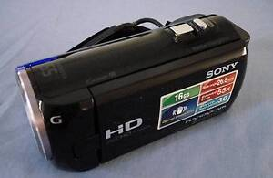 Sony HDR CX-380 + spare batteries/charger - Exc condition Largs North Port Adelaide Area Preview
