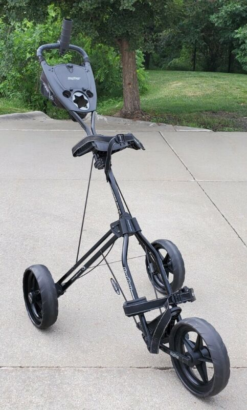Bag Boy push cart - Express Auto Se Excellent Condition