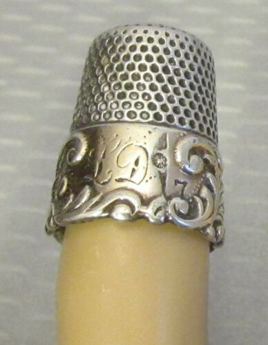 antique Ketchum & McDougal STERLING WIDE GOLD BAND THIMBLE 7 deep carved scroll