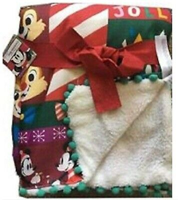 Disney Store Santa Mickey 2018 Christmas Fleece Reversible Blanket - NWT
