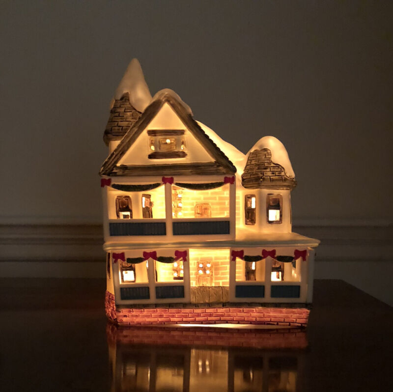 Vintage Plastic Blow Mold Lighted Christmas Village House 1988 House Of Loyd
