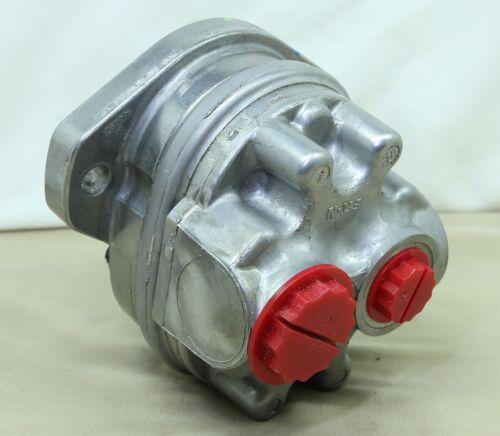 Eaton 26002-LZF Hydraulic Pump with 27054-G Gasket