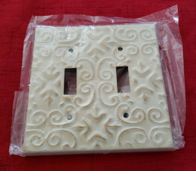 Vintage Double Gang Toggle Light Switch Wall Plate Cover, Victorian Style - NOS