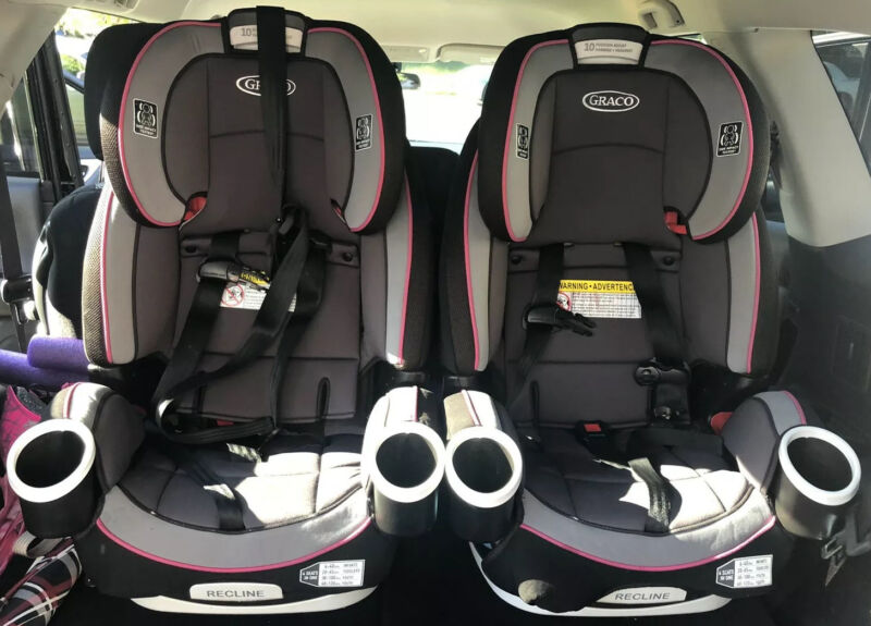 Graco 4Ever 4-In-1 Convertible Car Seat -pink