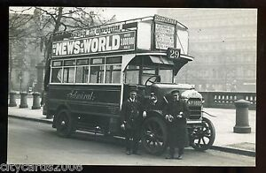 LONDON   Admiral BUS   Reg  MF 1020   No 29  Southgate  with Crew