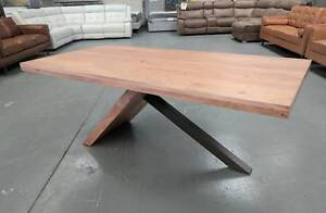 Dining Tables - WAREHOUSE OUTLET - 50% to 80% off RRP