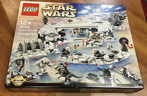 BRAND NEW LEGO 75098 ASSAULT ON HOTH!