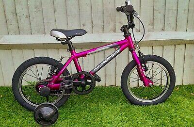 islabike cnoc 14 bike with Stabilisers