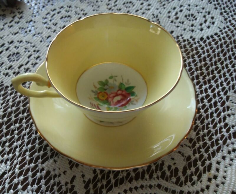 Vtg Tuscan Fine English Bone China Yellow / Floral Tea Cup and Saucer....L@@K
