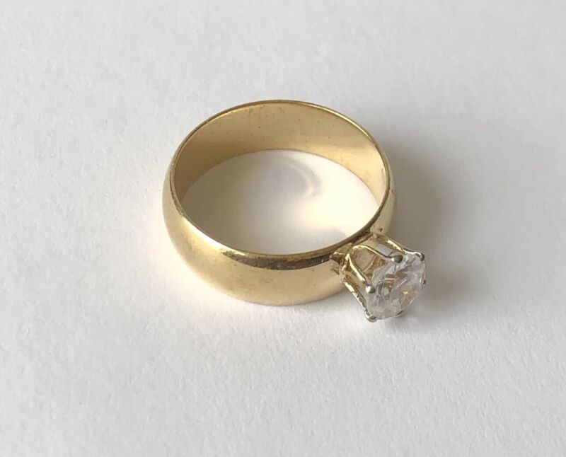 Vintage Designer Signed Gold Tone Band Clear Stone Ring Size 7.75