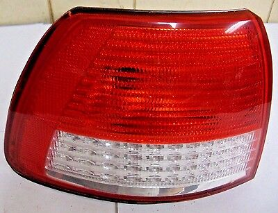 2000-2001 CADILLAC CATERA TAIL LIGHT DRIVER'S SIDE P/N 62294 / CHERRY //