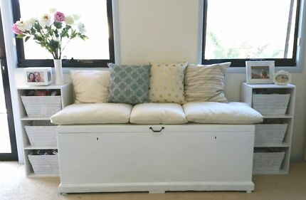 Wooden Chest + Cushions Holland Park West Brisbane South West Preview