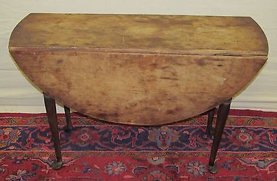 IMPORTANT MASSACHUSETTS 18TH CENTURY DUCKFOOT QUEEN ANNE MAPLE DINING TABLE- GEM