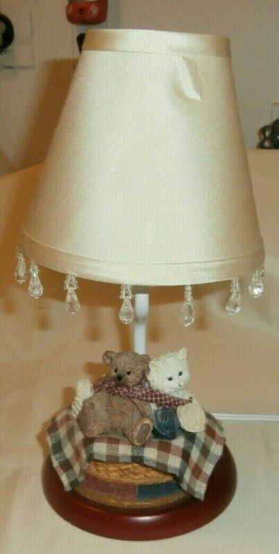 Vintage Small Ceramic Bear And Kitten In Knitting Basket Lamp With Shade