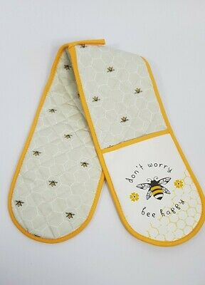 Karina Bailey Double Oven Glove Don't worry bee happy design