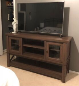 95% new 64-in TV stand