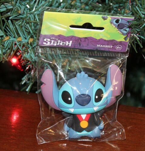 Lilo and Stitch: VAMPIRE DRACULA STITCH 3D MAGNET - New and Sealed!