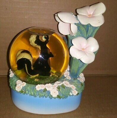 Disney Store Snowglobe Bambi Flower The Skunk