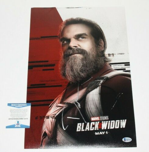 DAVID HARBOUR SIGNED BLACK WIDOW 12x18 MOVIE POSTER BECKETT COA RED GUARDIAN BAS