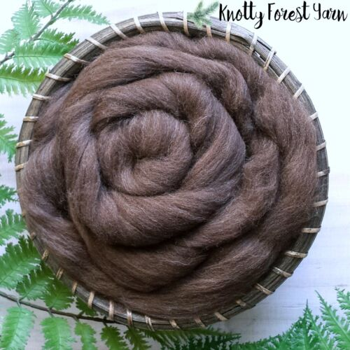 ONE POUND Natural BROWN BEAR Color SPANISH TOP WOOL ROVING Spinning Felting