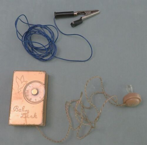 NICE BABY LARK CRYSTAL RADIO IS REVERSE PAINTED WITH EAR PLUG AND GROUND WIRE