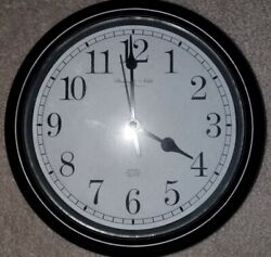 Sterling & Noble Clock Company Wall Clock Black And White Quartz Battery Powered