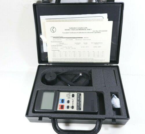 New! Traceable Ultraviolet Light Meter 320-390 nm, Industrial Grade Retail $1000