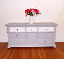 Solid wood tv entertainment unit sideboard dresser Cremorne North Sydney Area Preview