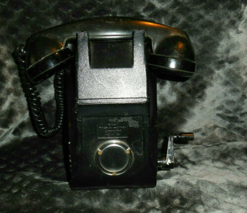 RARE Federal Telephone & Radio Corp Crank Wall Mount Telephone