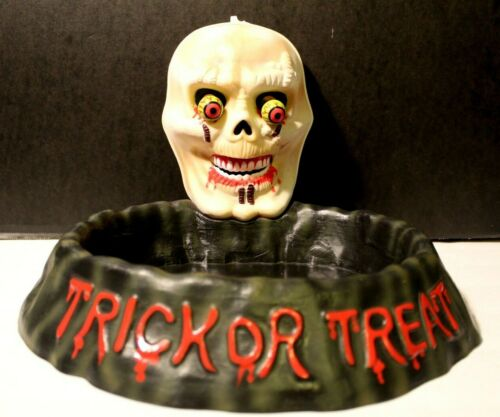 Animated Skull Halloween Serving Tray Candy Dish/Platter Activated By Light