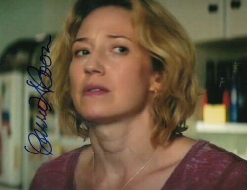 CARRIE COON signed (GHOSTBUSTERS: AFTERLIFE) Movie 8X10 *Callie* photo W/COA #3