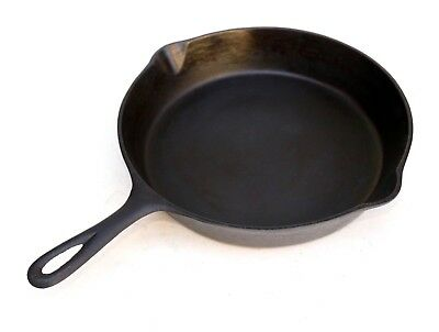 """Unbranded 8"""" Cleaned and Seasoned Cast Iron Skillet No 5 With Heat Ring"""