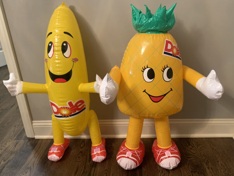 New In Wrap 2000 Pinellopy Pineapple 2012 DOLE BOBBY BANANA  ADVERTISING BLOW UP