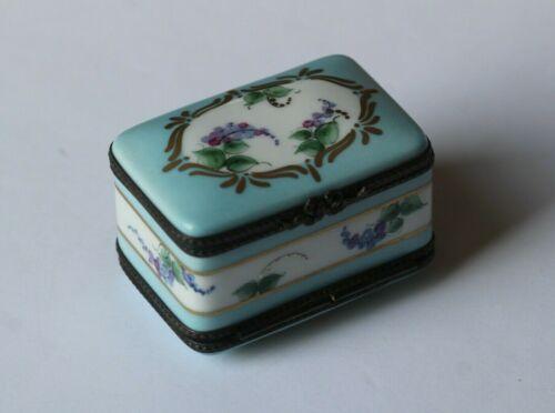 Exceptional Antique Rochard Limoges Porcelain Lilacs 2 Sided Compartment Box